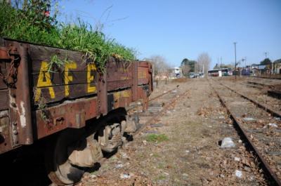 Uruguay invertirá 550 millones de dólares para el ferrocarril que conecte a UPM con Montevideo
