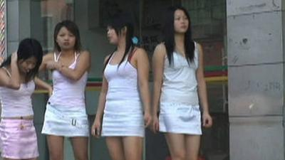 Prostitutas dejan de usar preservativos en China por temor a ser arrestadas