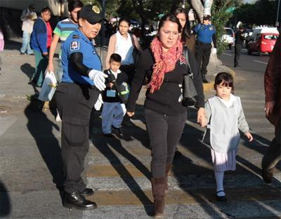 Más de 18 mil policías vigilarán el regreso a clases de escolares en México