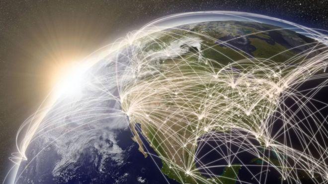 """¿Quién se quedará con las """"llaves del reino"""" de internet que ahora EEUU está dispuesto a entregar?"""