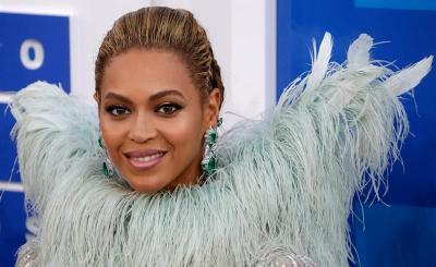 Beyoncé se corona como la reina absoluta del pop en los premios MTV