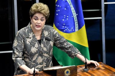 Rousseff a punto de caer por unas irregularidades que abundan sin castigo