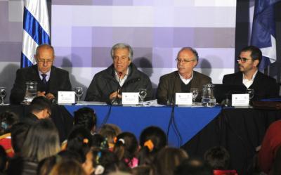 """""""Somos un país serio"""": Vázquez dijo que Uber debe operar en el marco de la normativa"""