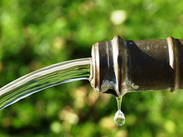 """Trabajadores de OSE reclaman por negociación colectiva y de paso dicen que """"el agua viene cada vez más contaminada"""""""