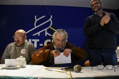 """Mujica por Dilma: """"A esta mujer la están condenando por no estar en un hecho de corrupción"""""""
