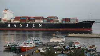 540.000 contenedores en alta mar sin ningún destino; ningún puerto del mundo los recibe