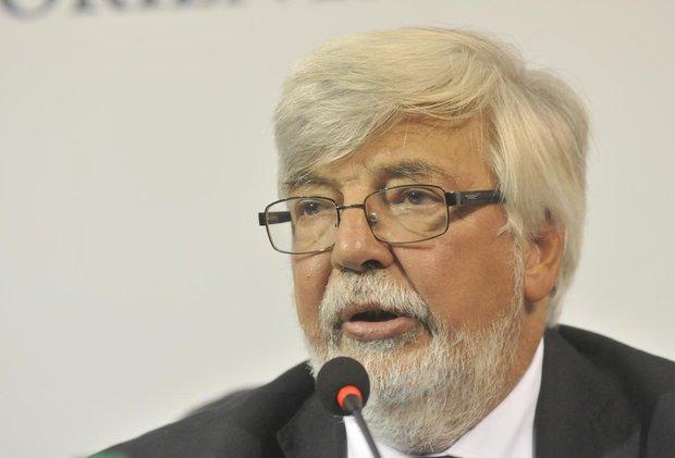 """Bonomi desestima críticas del senador Heber y asegura que rapiñas bajan """"semana a semana"""""""
