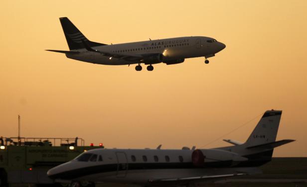 """Alas Uruguay """"perdió"""" al gerente general, gerente comercial y al jefe de pilotos pero sigue volando"""