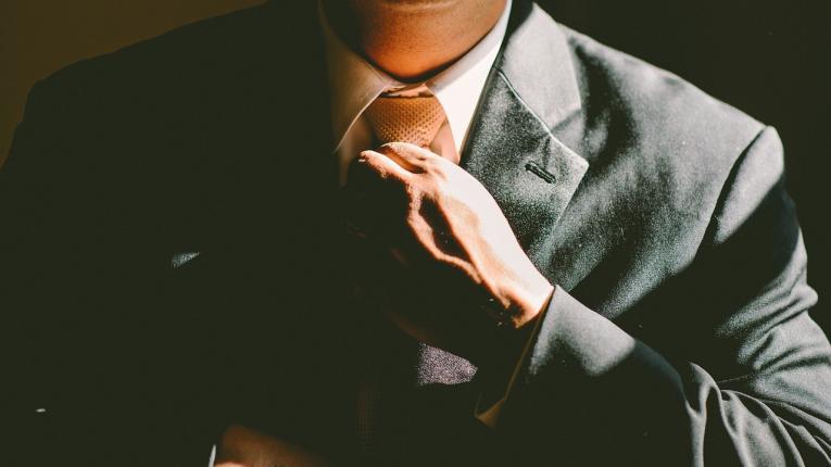 La actividad emprendedora masculina en Uruguay duplica a la femenina
