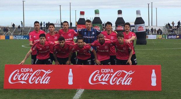 Wanderers le ganó 3-1 a Cerro en el Parque Capurro