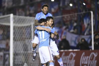 Nacional le ganó a Plaza Colonia por 3 a 2