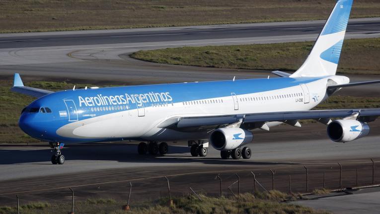 Aerolíneas Argentinas cancela vuelos a Venezuela por seguridad