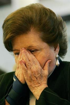 Chile embarga 1,9 millones de dólares a fundación de viuda de Pinochet